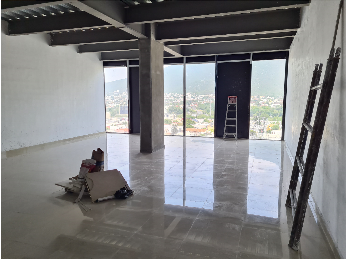 2 de 10: Oficina con Vista Panorámica