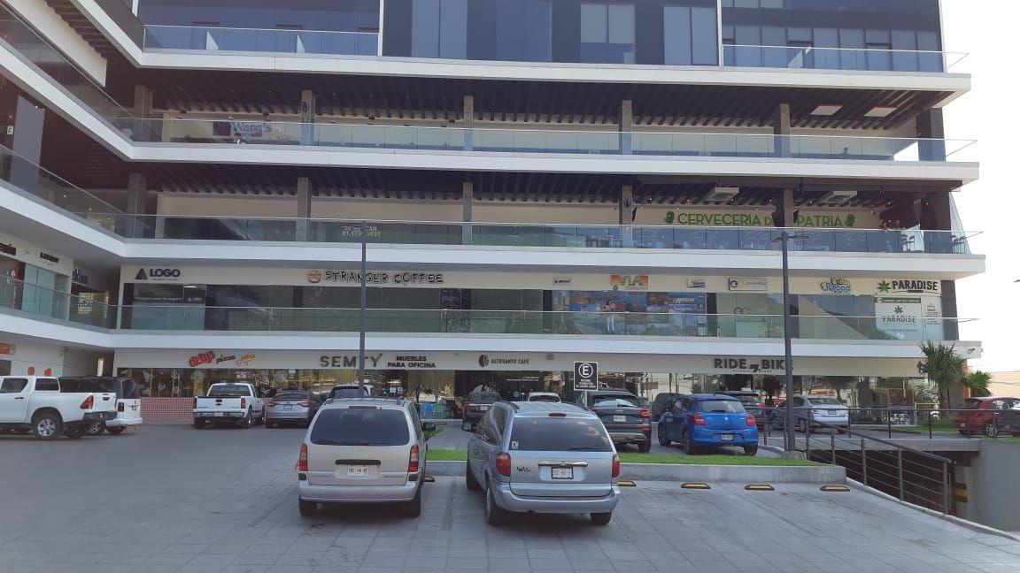 4 de 10: Estacionamiento en Planta Baja