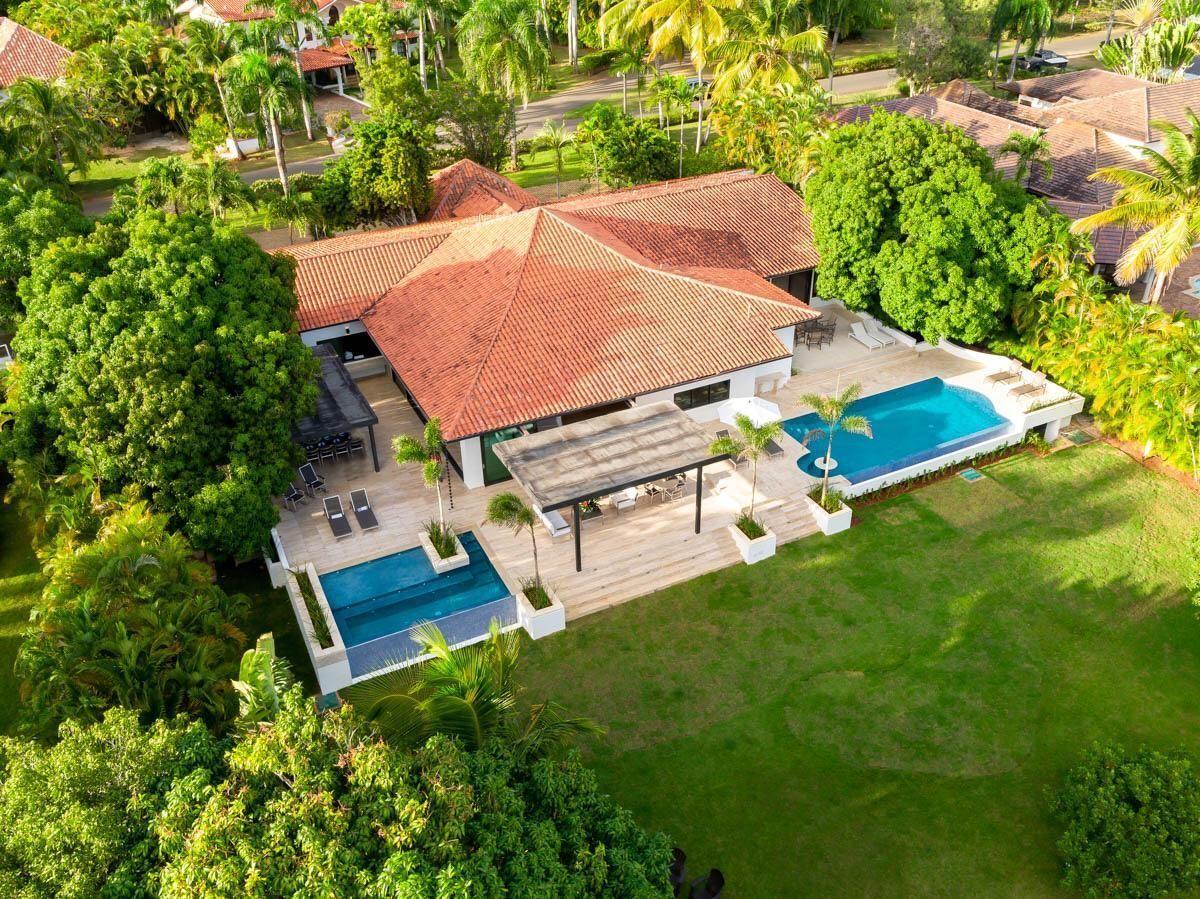 1 de 18:  Villas Casa de campo 4 dormitorios alquiler por mes