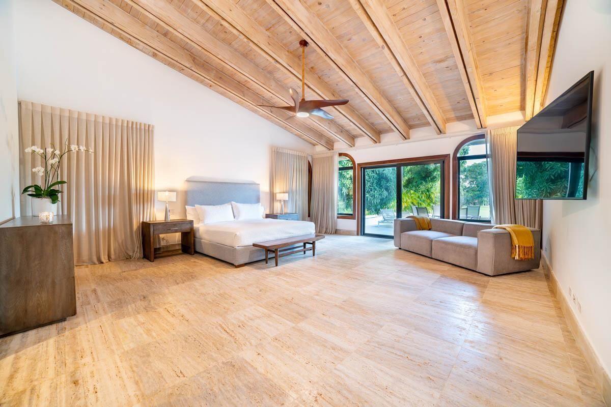 15 de 18:  Villas Casa de campo 4 dormitorios alquiler por mes