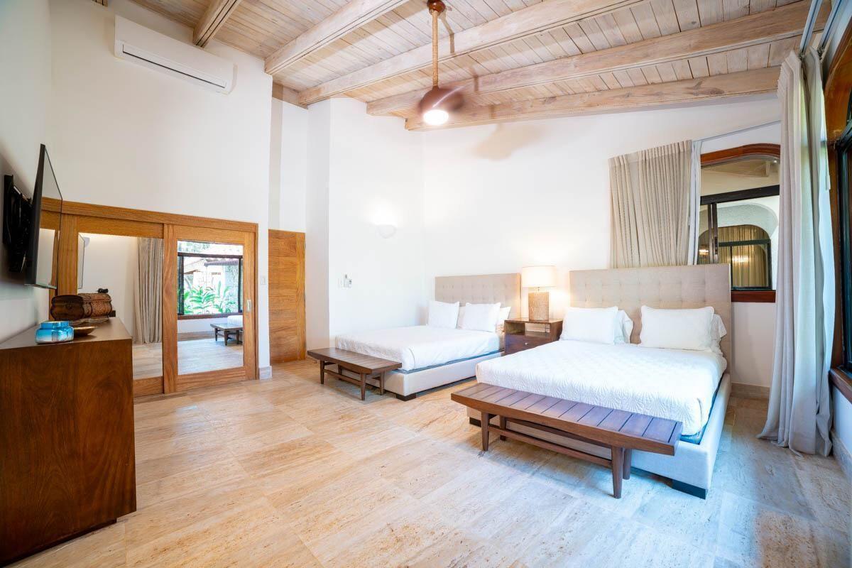 14 de 18:  Villas Casa de campo 4 dormitorios alquiler por mes