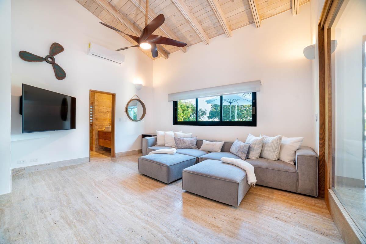 17 de 18:  Villas Casa de campo 4 dormitorios alquiler por mes