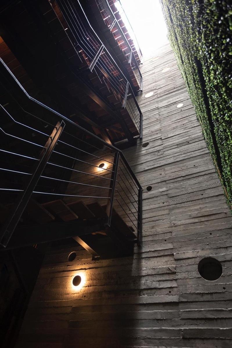 9 de 10: Escaleras interiores