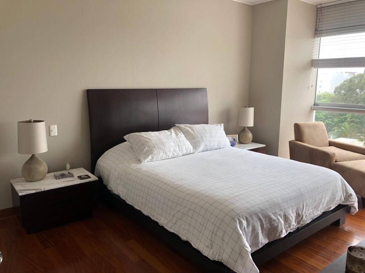 14 de 21: Dormitorio principal