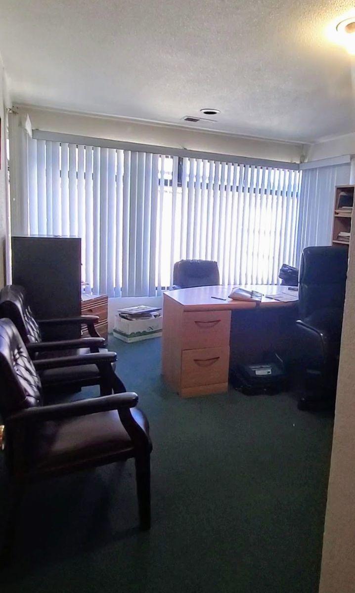 16 de 30: Oficina planta baja