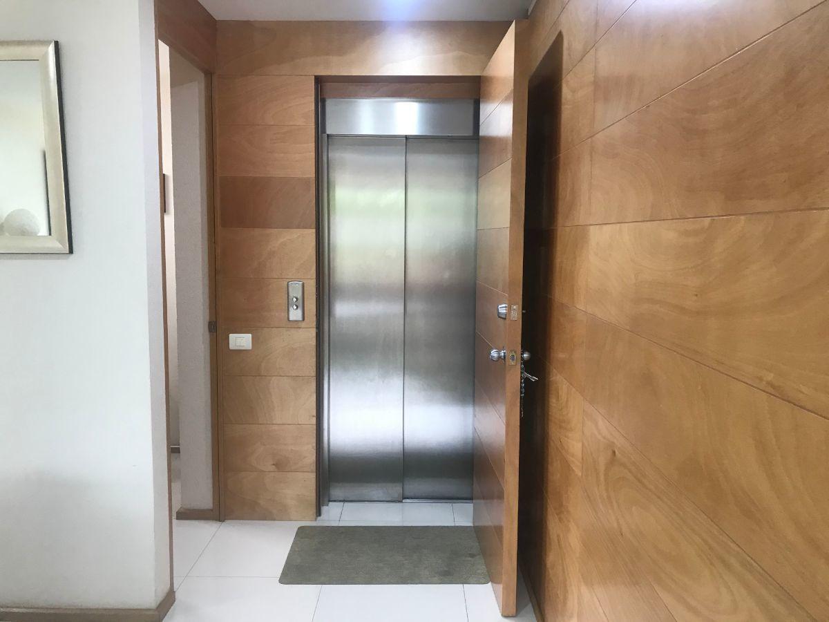 24 de 24: elevador