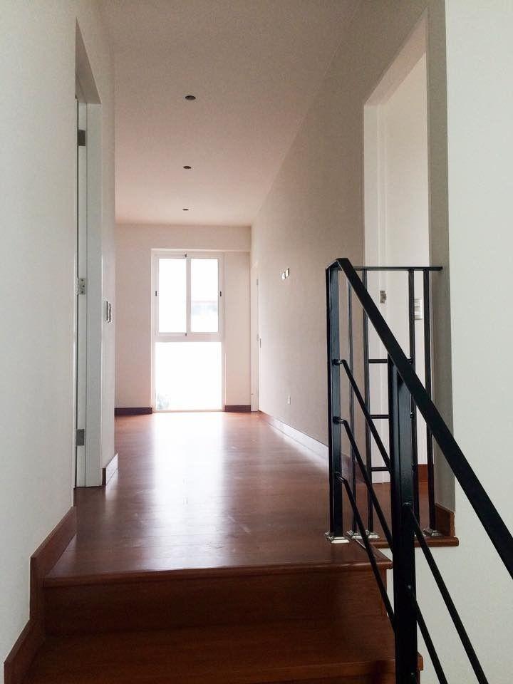 3 de 10: Segundo piso (sala de estar)