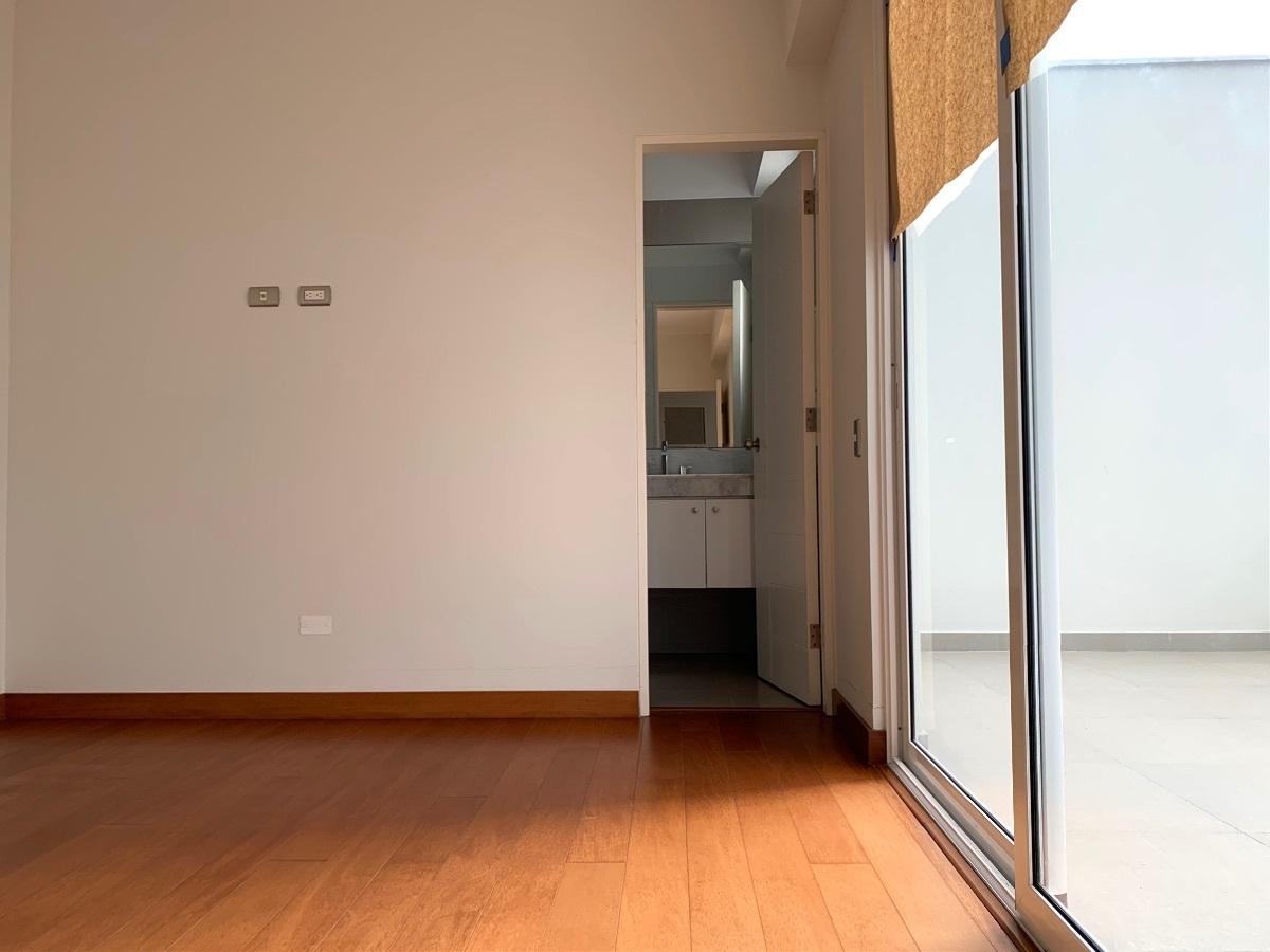 7 de 10: Dormitorio 2 con terracita