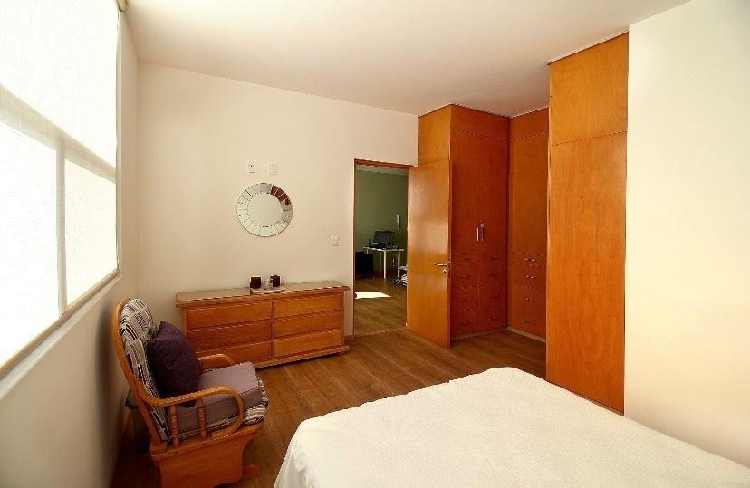 43 de 44: Recámara secundaria con propio baño y closet