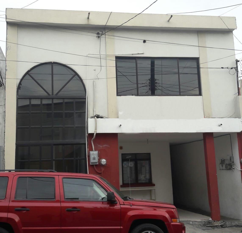 CASA EN VENTA EN SAN PEDRO, CENTRO.