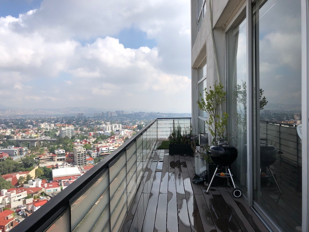 10 de 33: Balcón