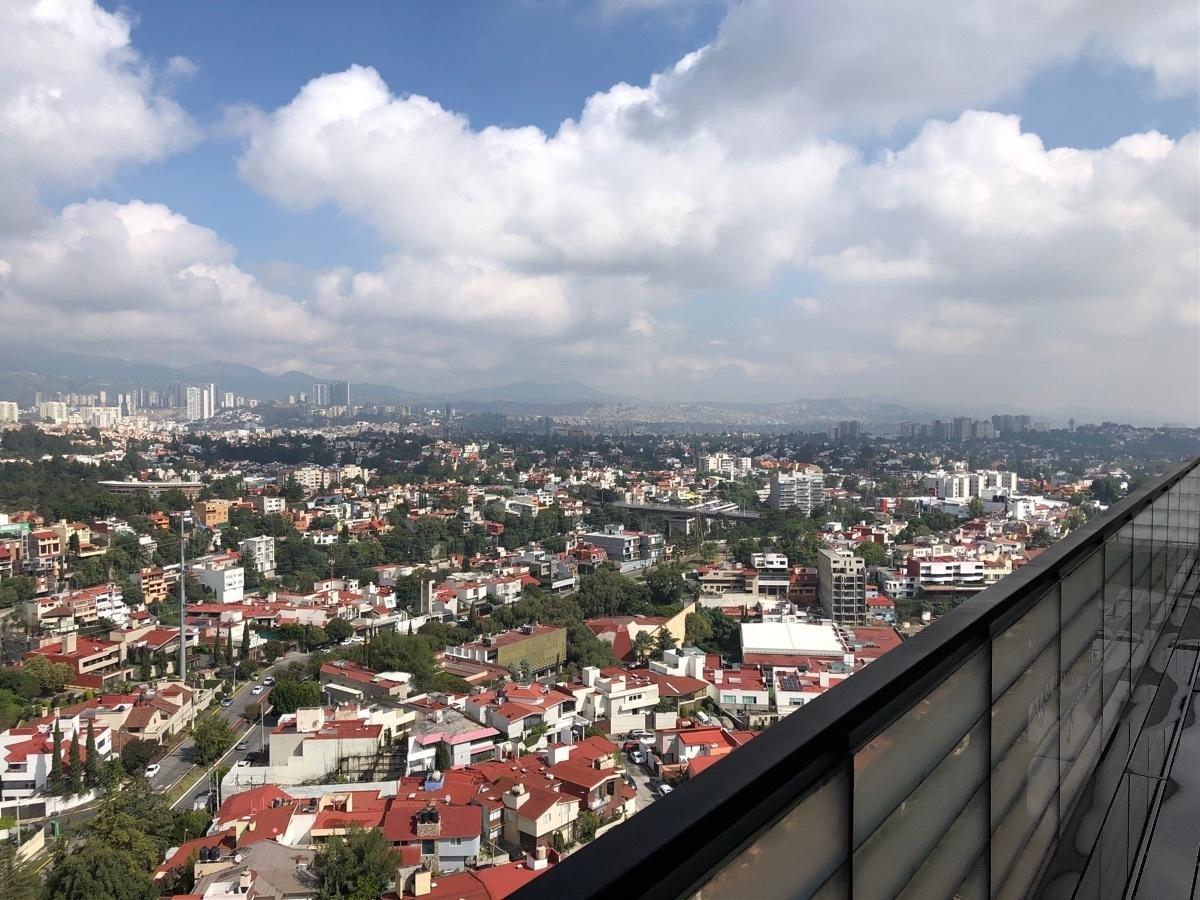 12 de 33: Vista desde el balcón
