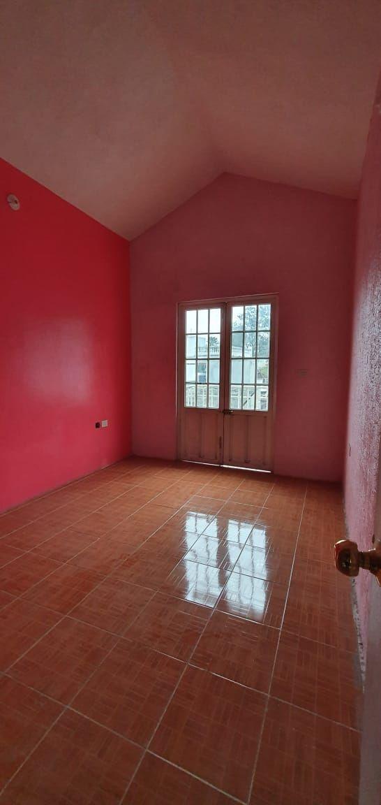 4 de 23: Habitación con espacio para closet