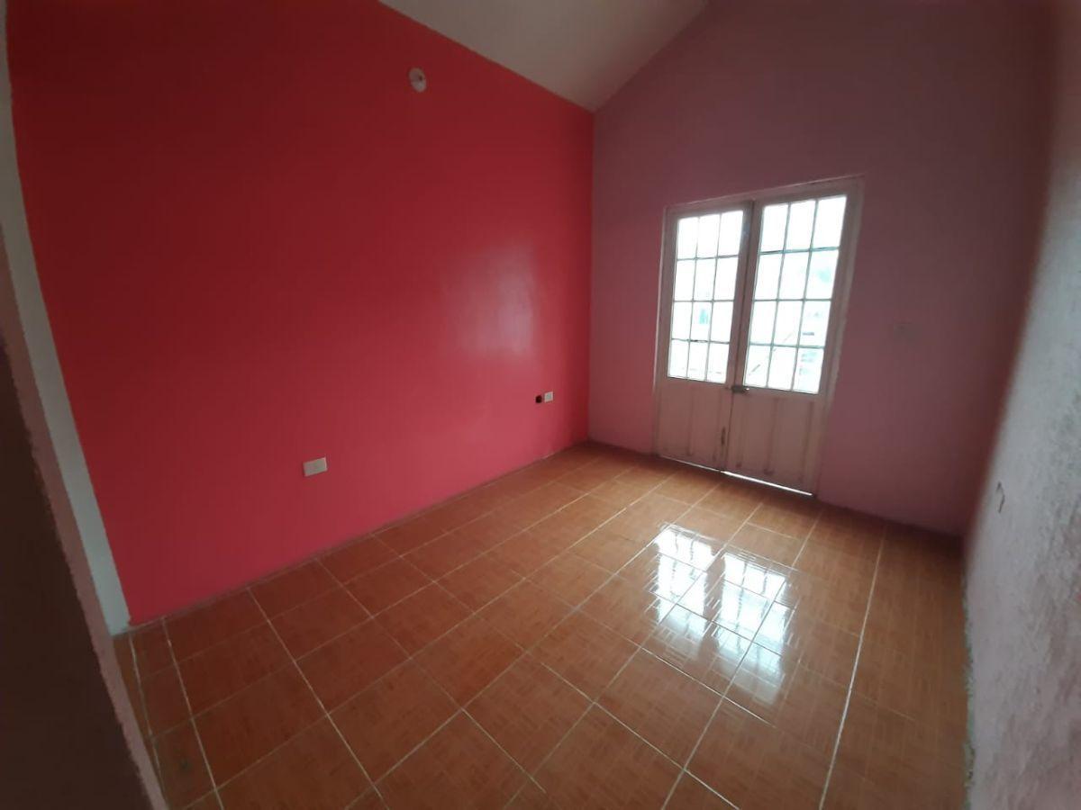 18 de 23: Habitación con espacio para closet