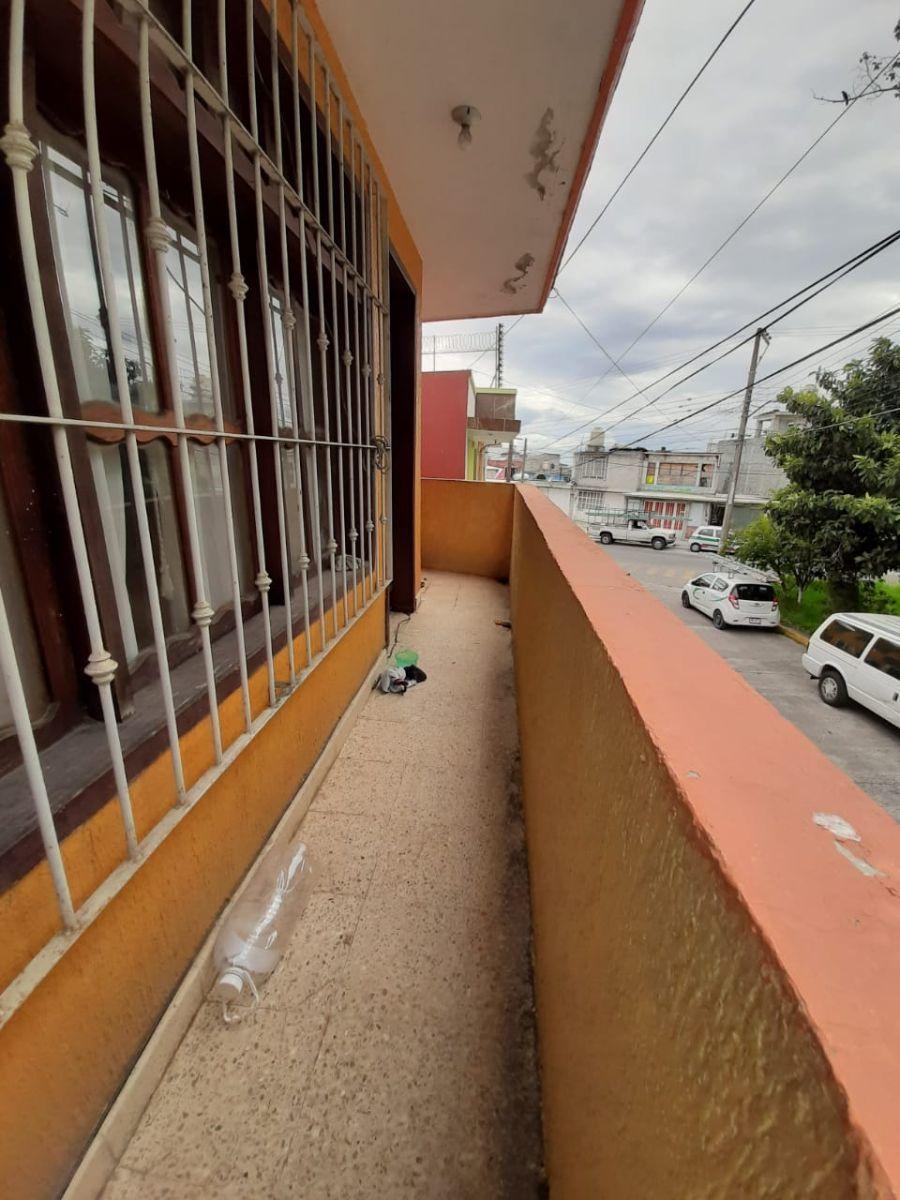 29 de 30: Balcón