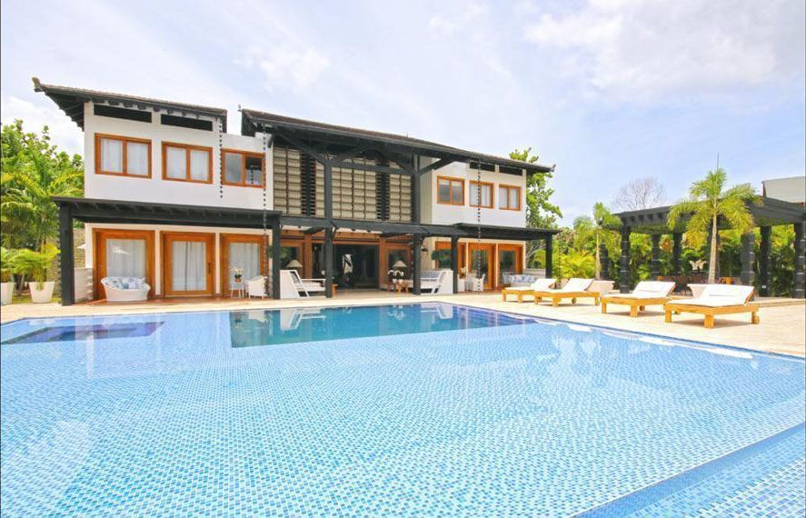 3 de 22: Villa en casa de campo 5 dormitorios decoración moderna