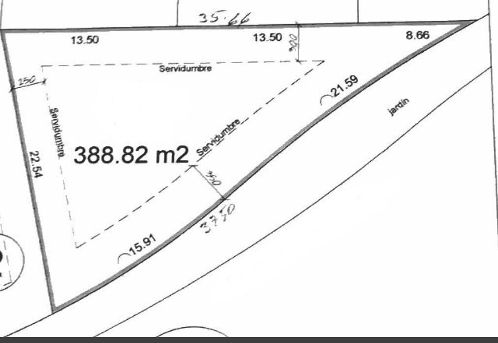 4 de 6: Plano con medidas del terreno