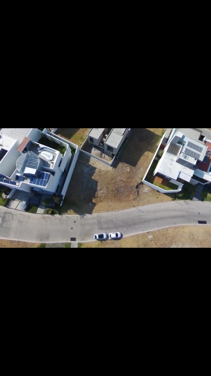5 de 6: Vista aerea del terreno