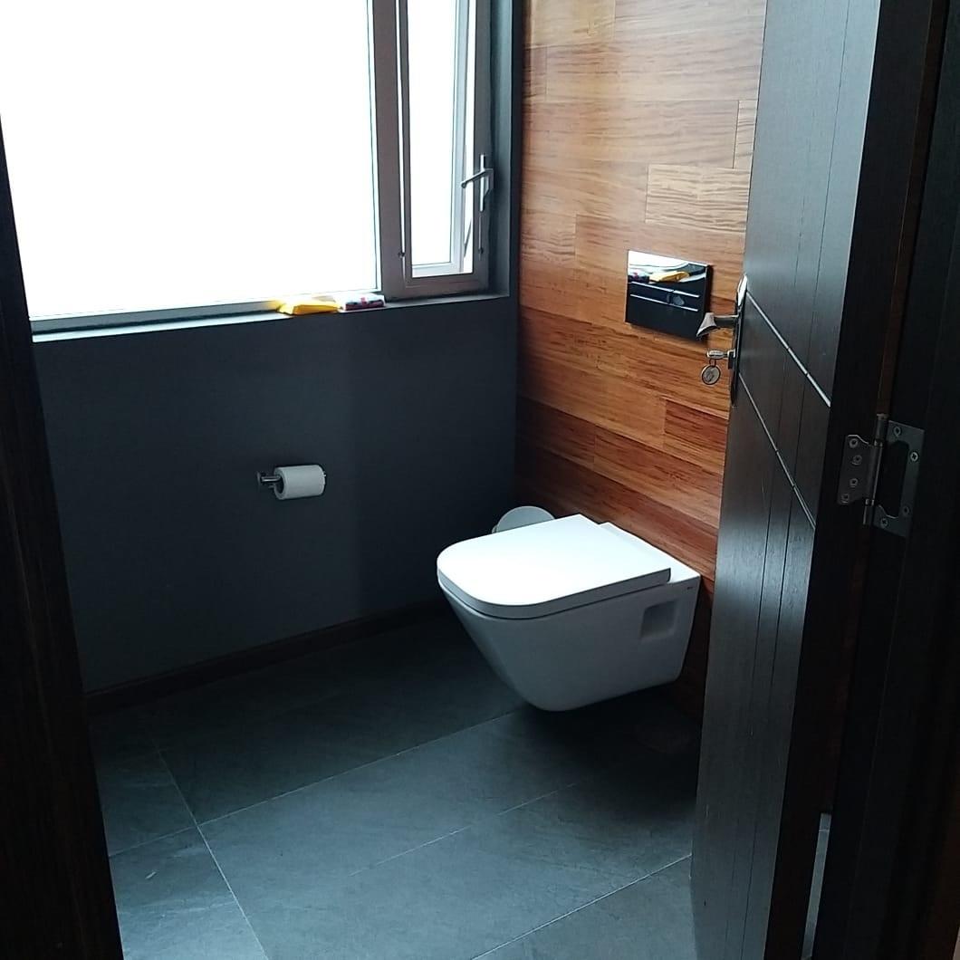 18 de 25: baño de recámara principal