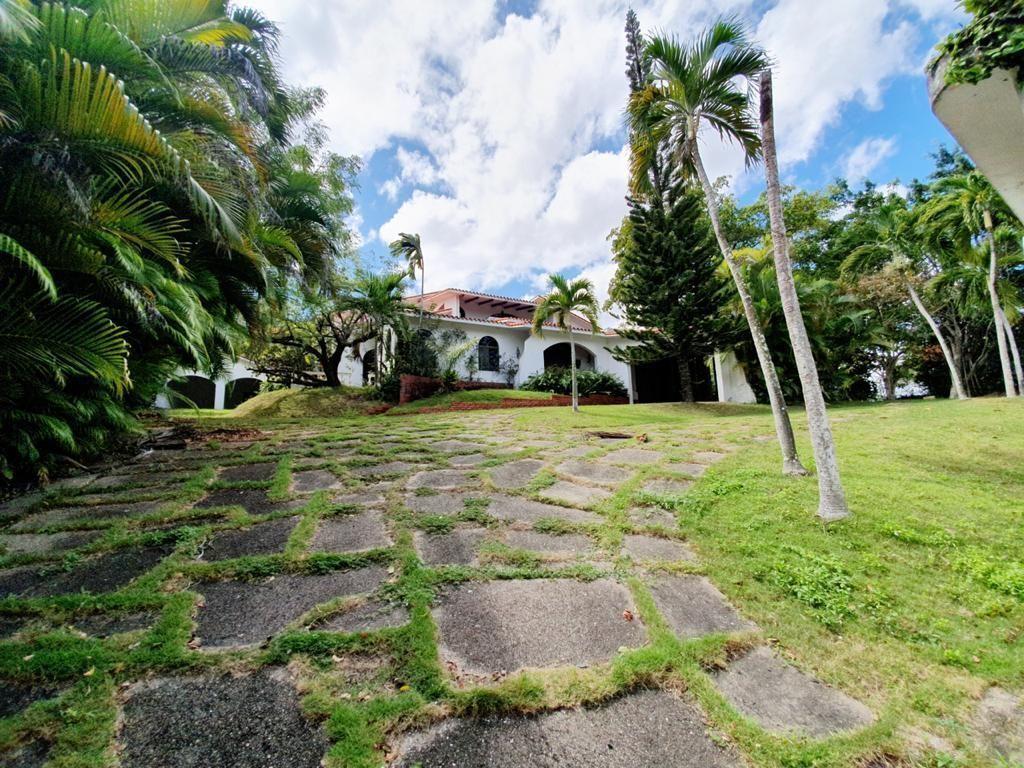 13 de 51: Villa en santo domingo cuesta hermosa 1        4 dormiorios