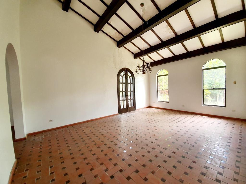 14 de 51: Villa en santo domingo cuesta hermosa 1        4 dormiorios