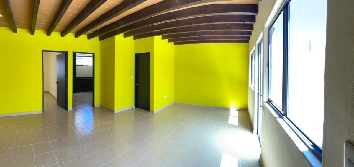 11 of 25: Vista interior
