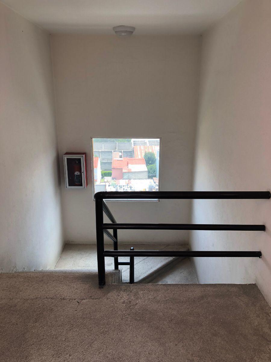 16 de 20: Escaleras
