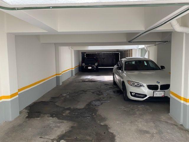 8 de 9: Estacionamiento comun