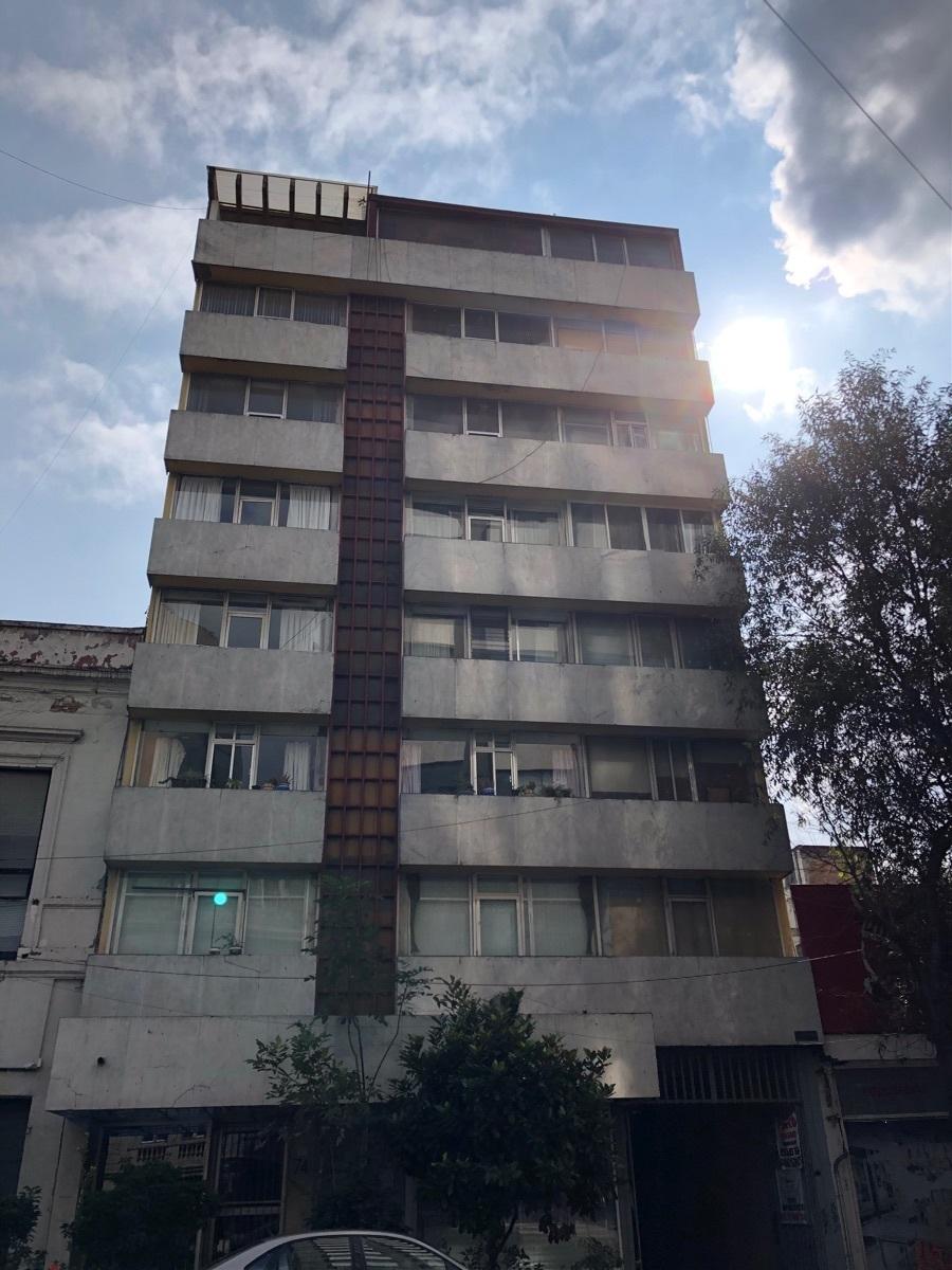 21 de 22: Edificio