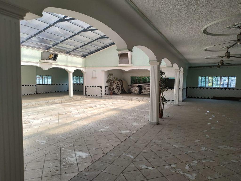 6 de 12: Interior
