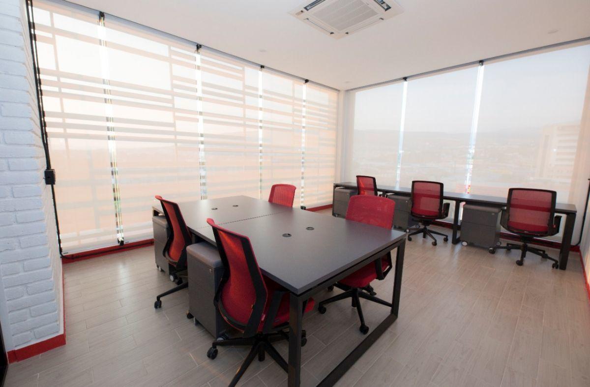 2 de 4: Oficina para 7 personas