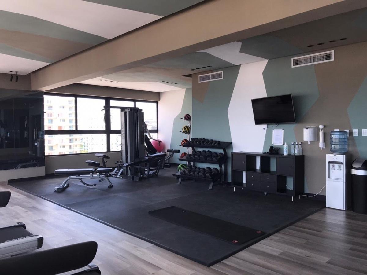 28 de 33: Gym