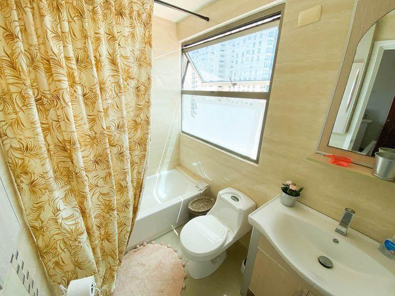 13 de 15: Baño habitación secundaria