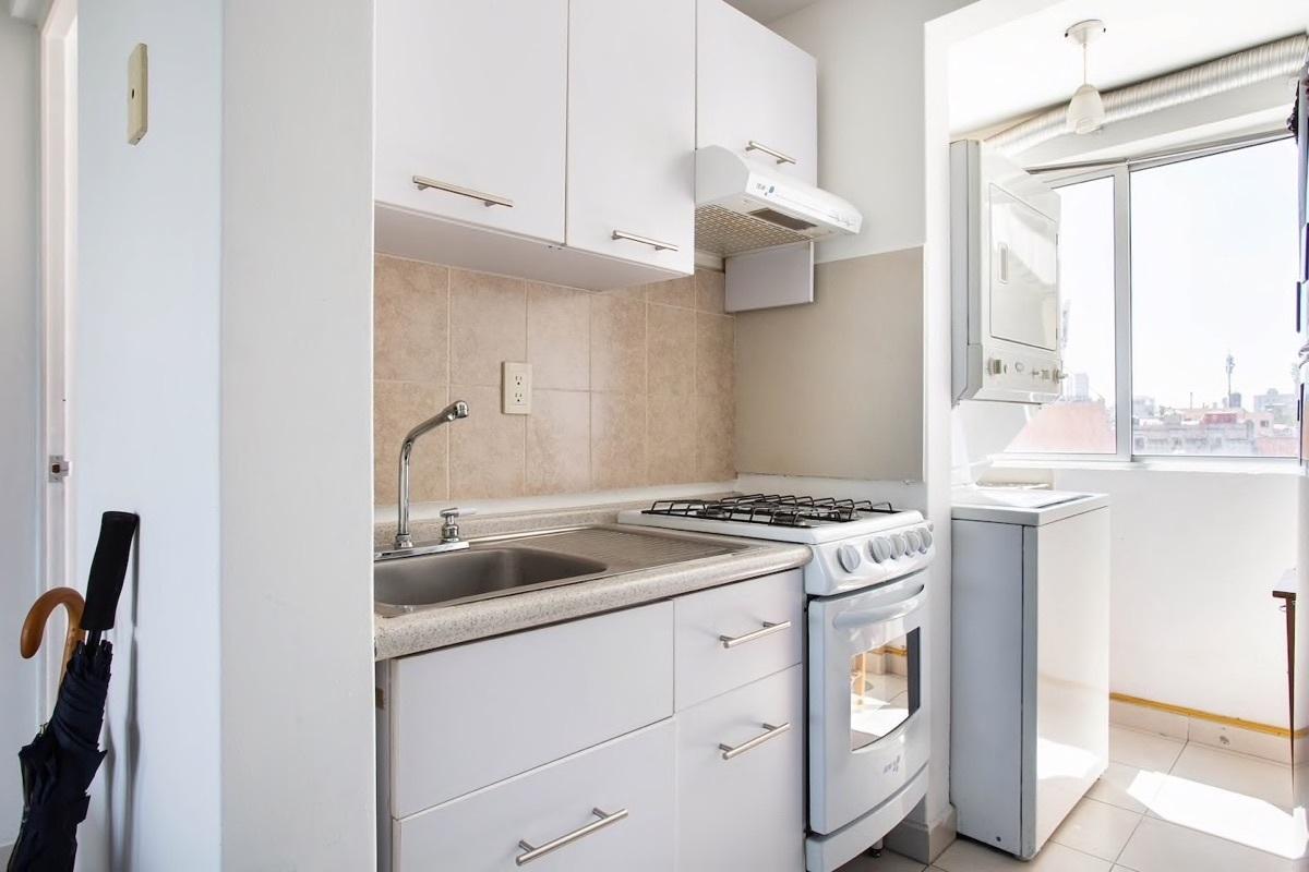 10 de 25: Cocina y area de lavado