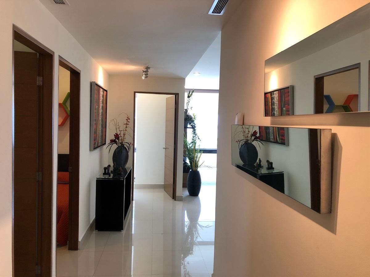 12 de 13: Departamento en Kerenda Valle Pte. totalmente decorado