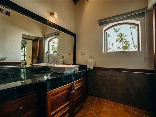 26 de 50: Villa Beach Front Luxe Colonial 12 Bedrooms For Weddings