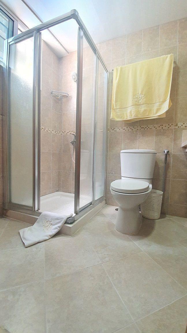 25 de 29: Baño hab principal