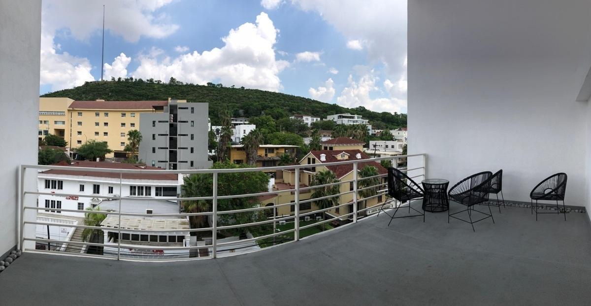 17 de 17: Amplia terraza con vista al Cerro del Obispado