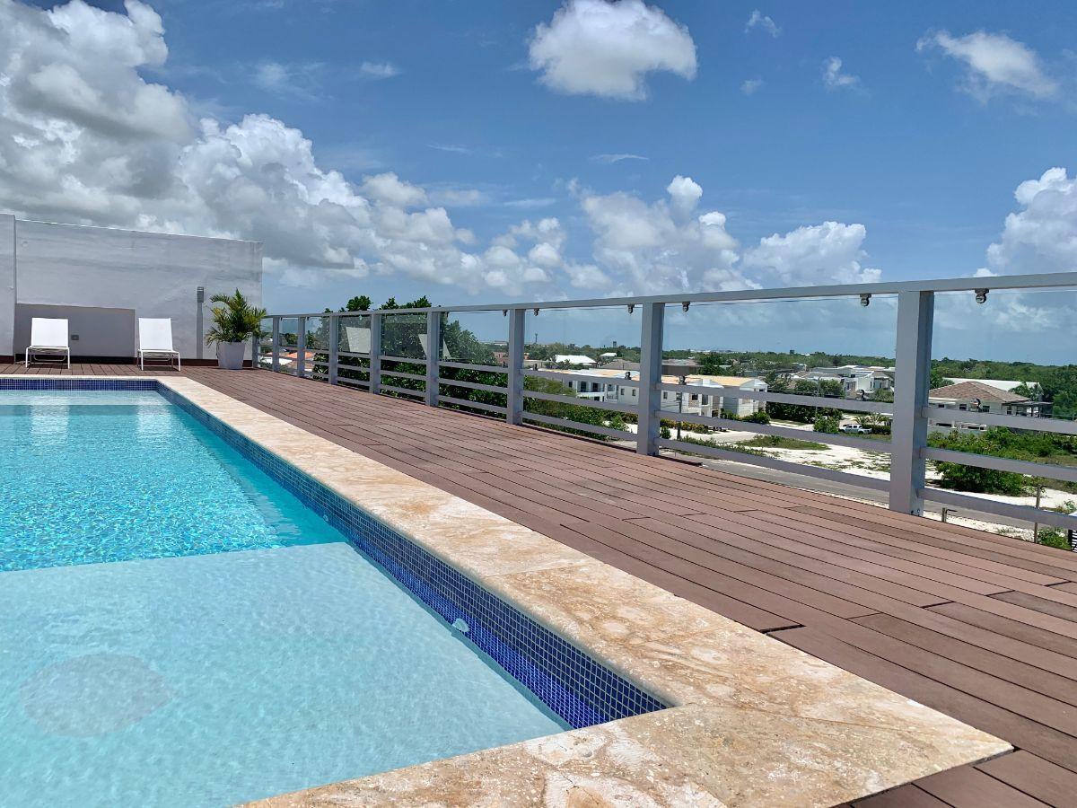10 de 14: Rooftop con piscina