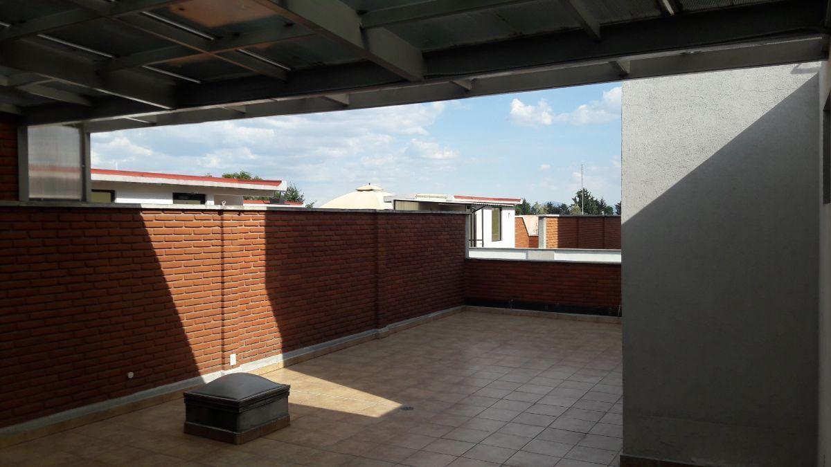 15 de 18: Roof-garden
