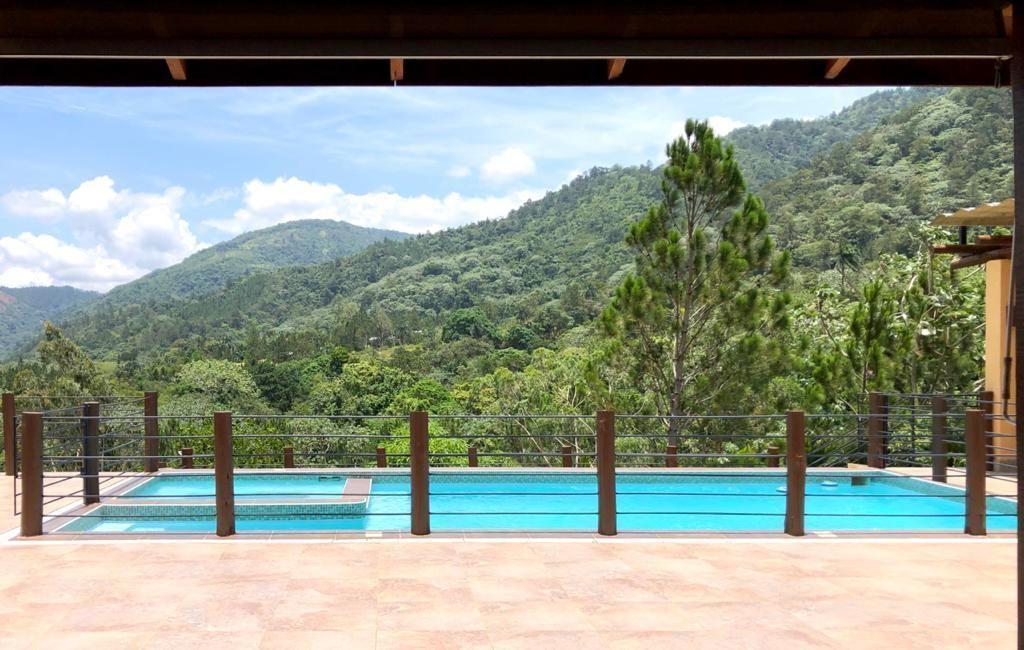 3 de 28: Villa en Jarabacoa 4 dormitorios 10 personas