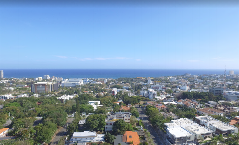 30 de 36: Mistral contar con ininterrumpidas vista al mar y  la ciudad