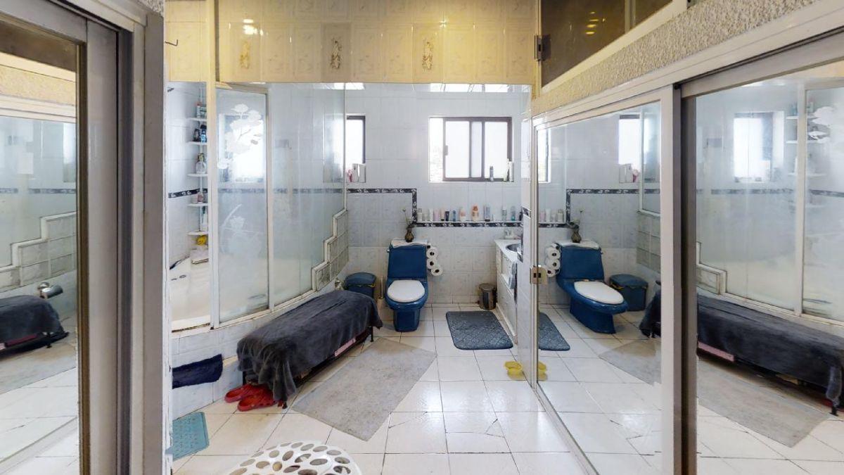 15 de 23: baño principal
