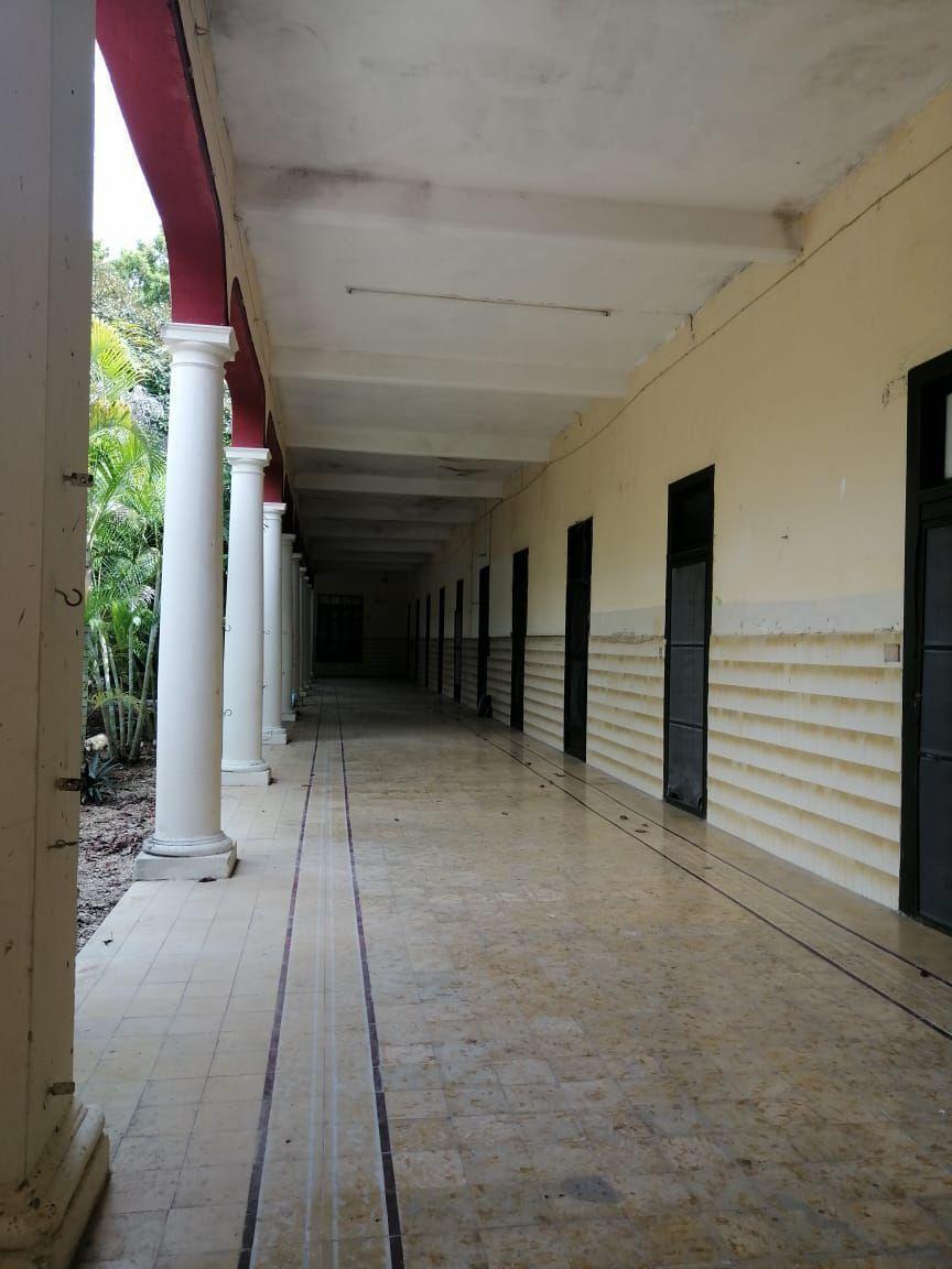 13 de 14: pasillo
