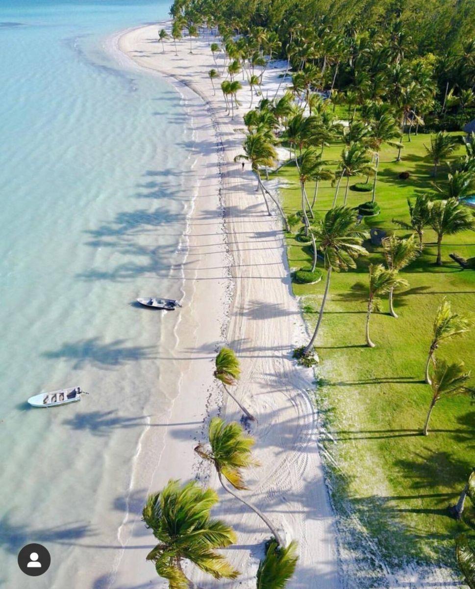 7 de 34: Juanillo beach