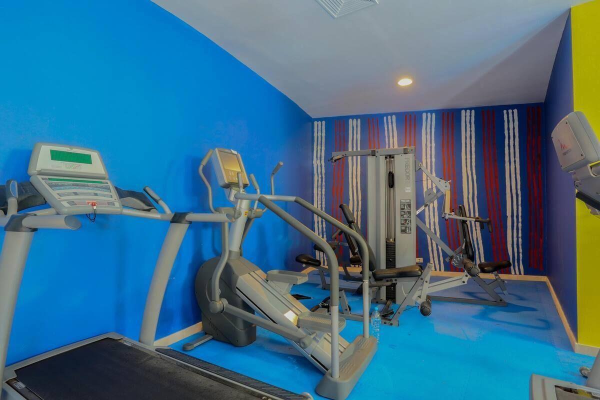 12 de 34: Gym