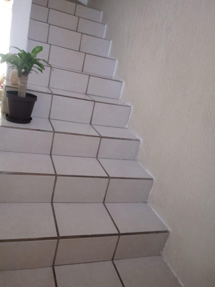 8 de 11: Escaleras