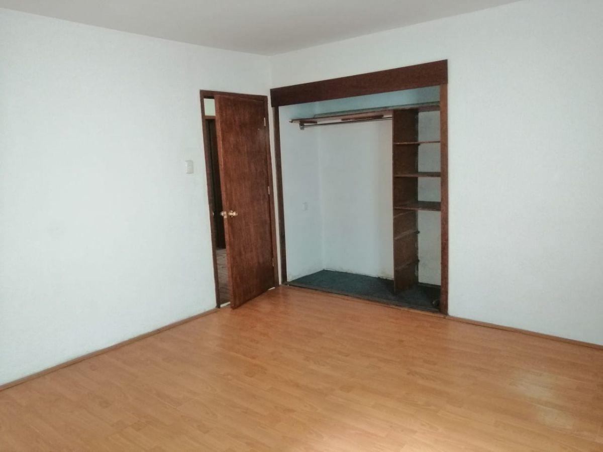9 de 26: oficina 3 primer piso