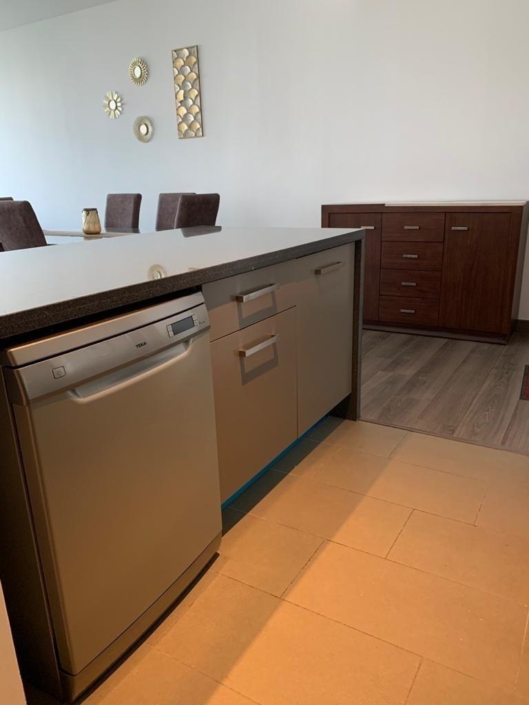 11 de 16: Cocina y lavavajilla