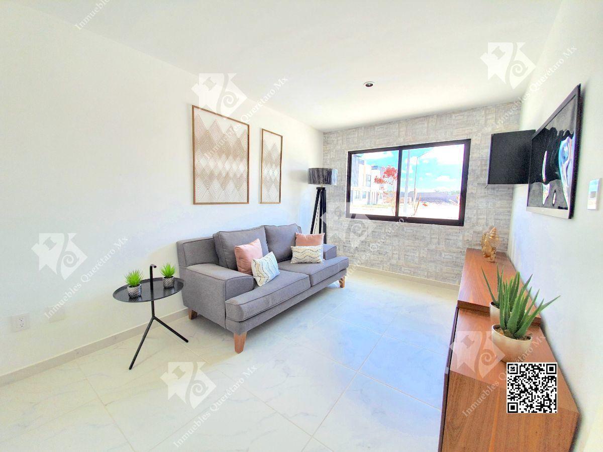 8 de 26: Sala TV con opción a recámara en planta baja